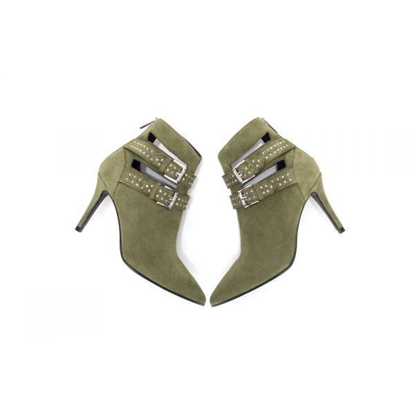 Read more about the article Sugestões de looks para os botins de senhora Glam Army
